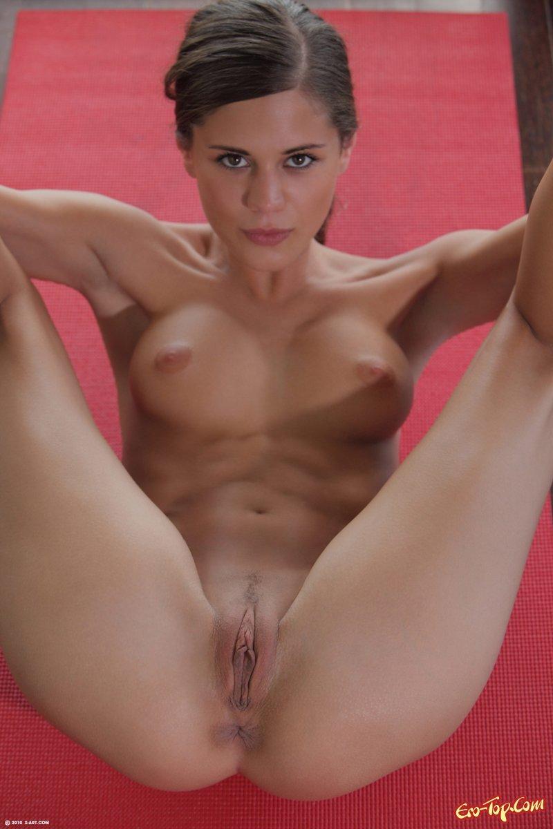 Blonde escort girls pussy yoga nude fast