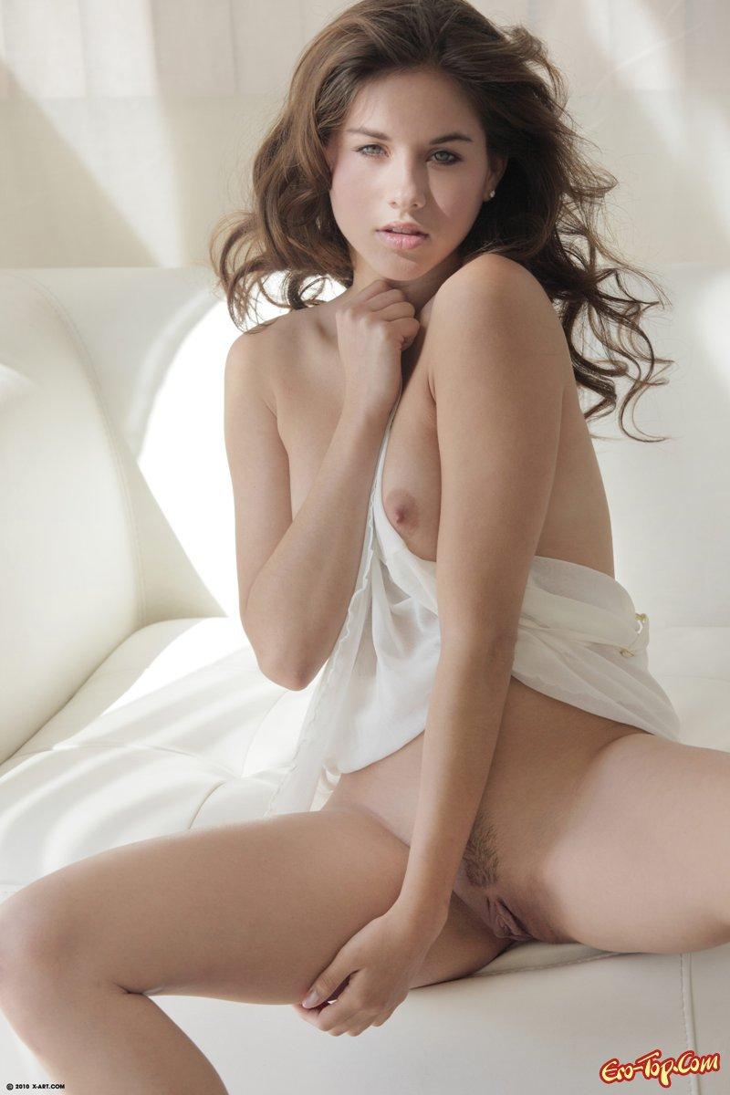 Beautiful hairy nude trim demi lovato — 15