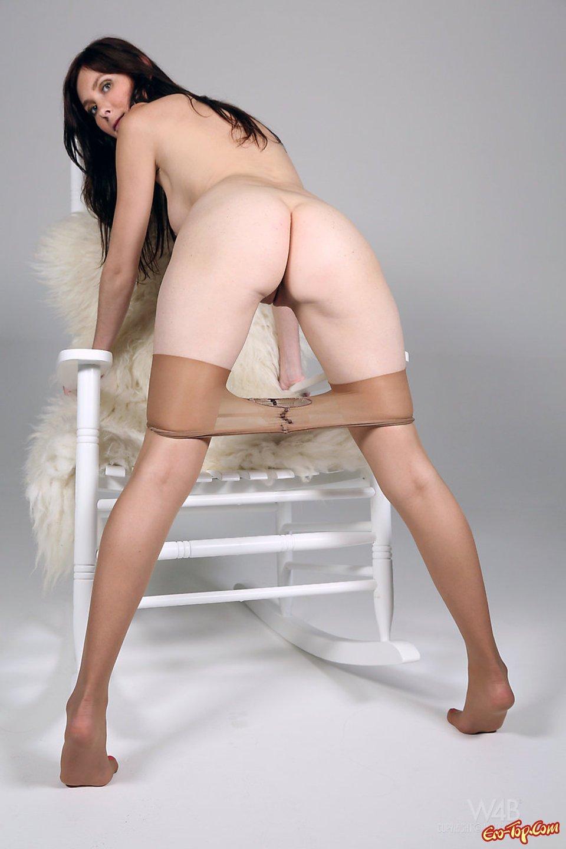 Девушки снимают колготки фото порно — 5