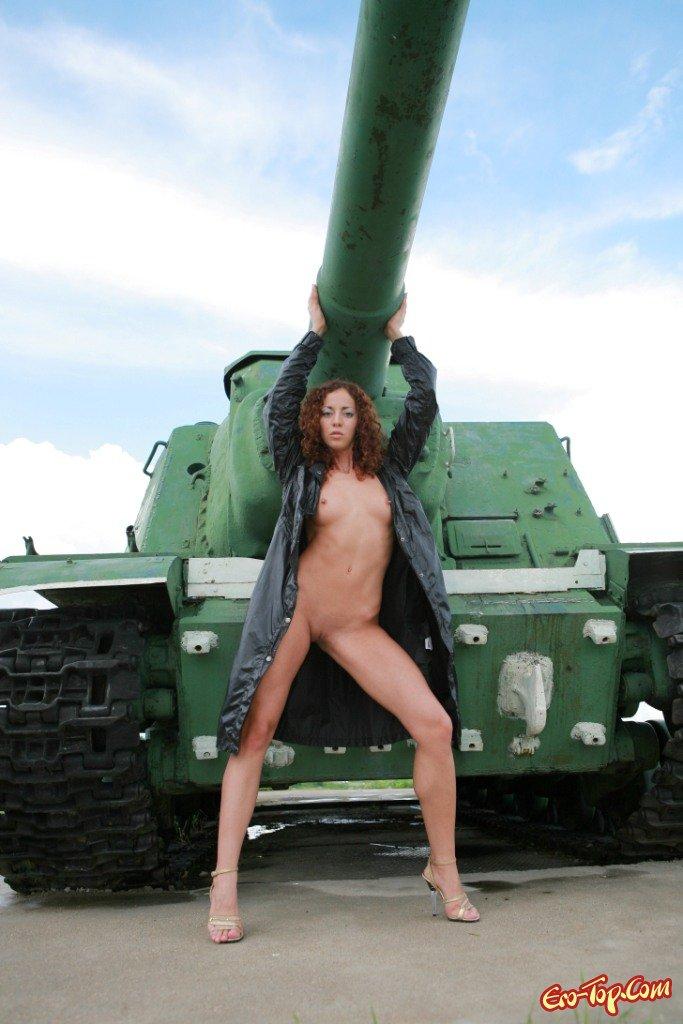 Играть в танки онлайн порно домашнее русское неспособность
