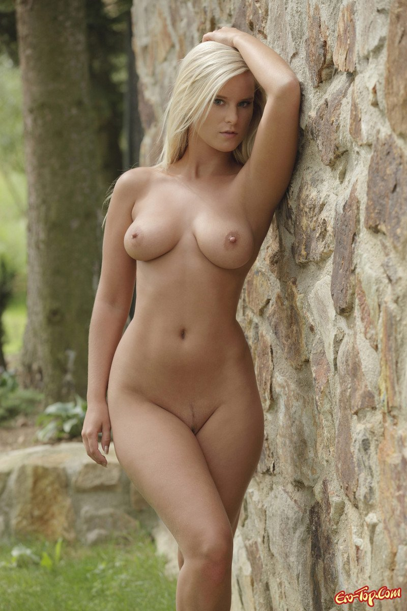 cynthia-mary-queen-nude-and-after