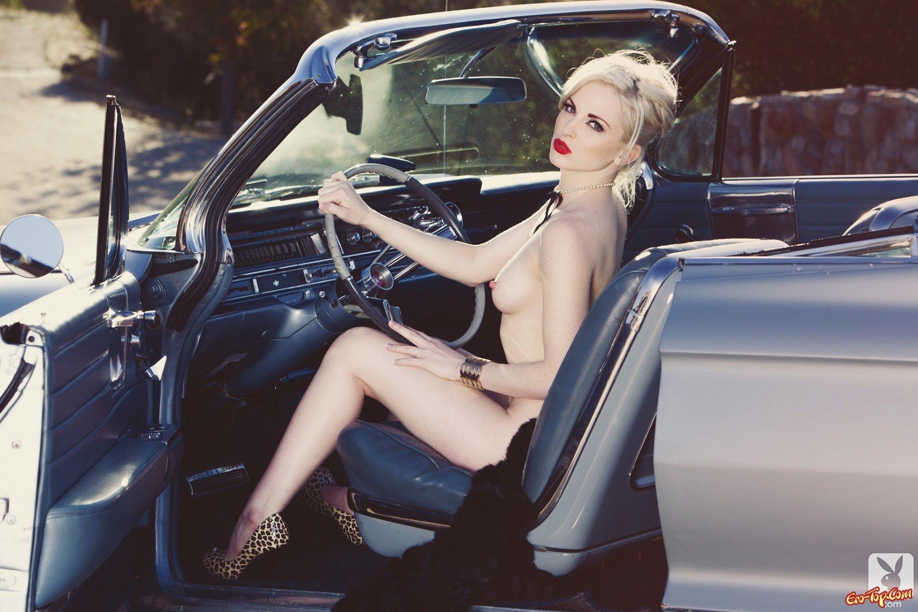 ретро авто и голые девушки - 14