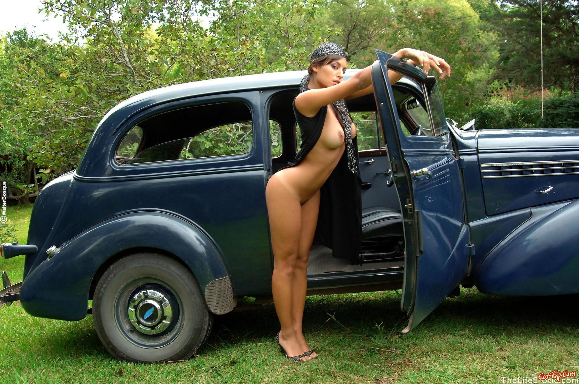 В авто эро фото — 13