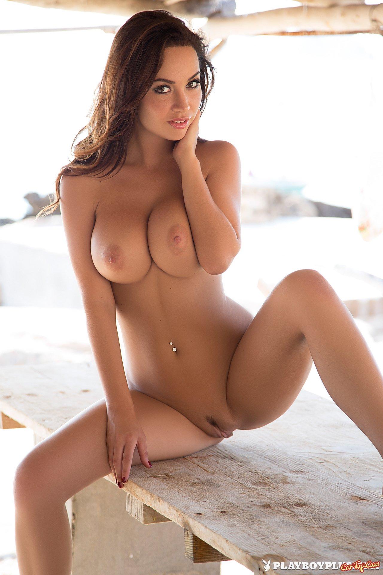 сисястые голые модели на фото - 3