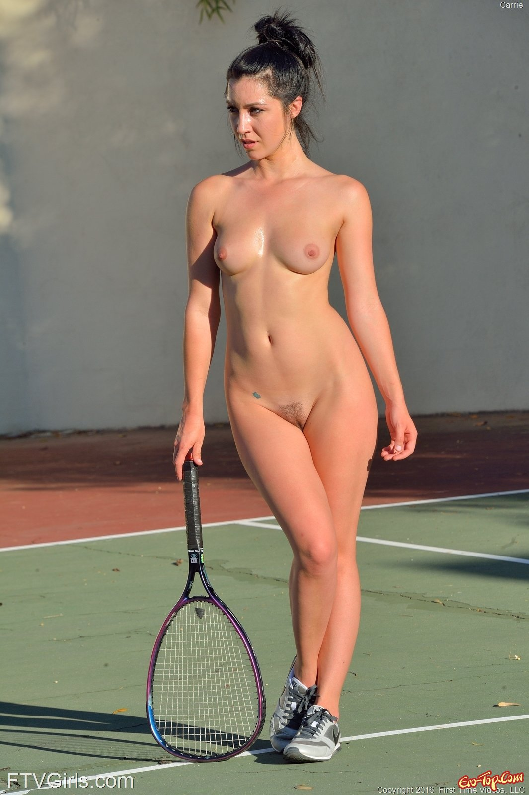 Nude tennis player women — pic 15