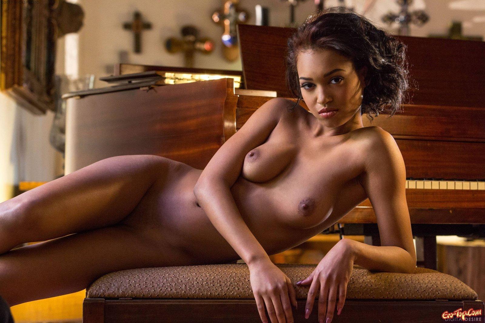эротические фото мулаточек - 1