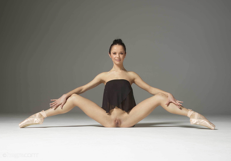 Ballet naked vagina #5
